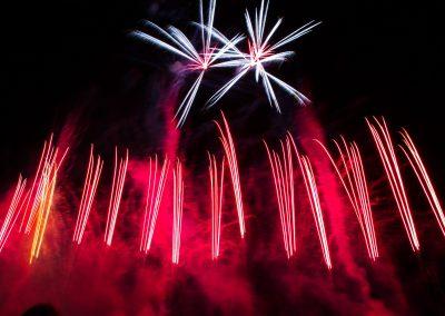 Fuochi d'artificio piromusicali